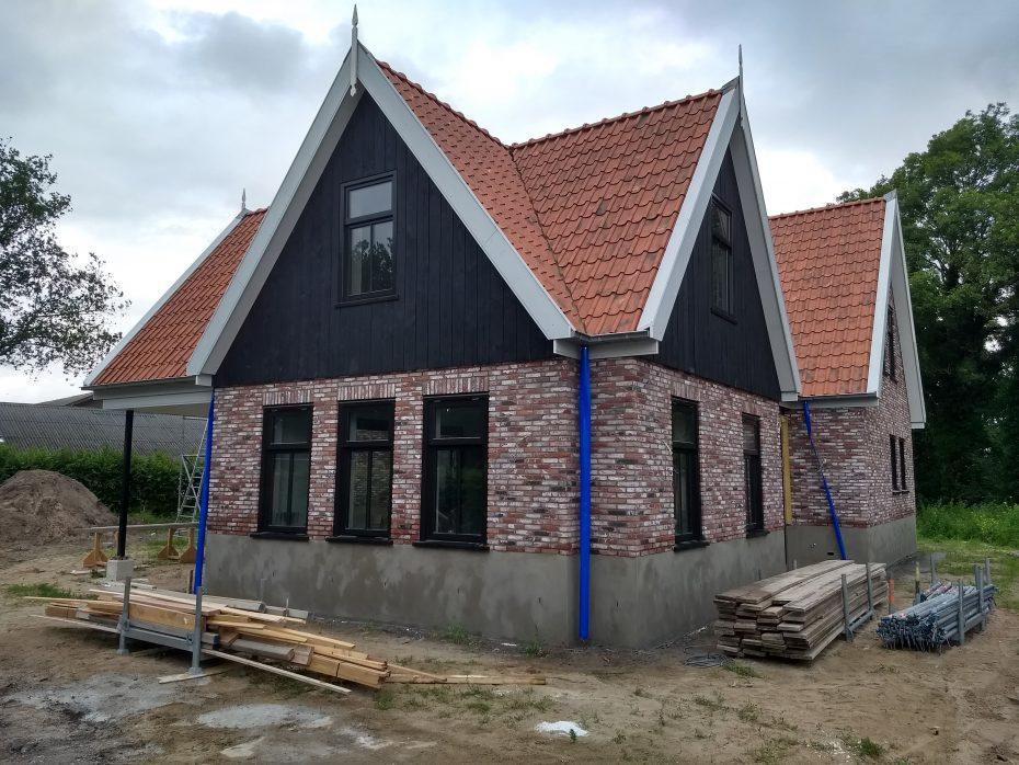 Stuc-plint-warmenhuizen-2-scaled.jpg
